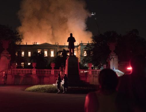 Le feu ravage le Musée National de Rio de Janeiro